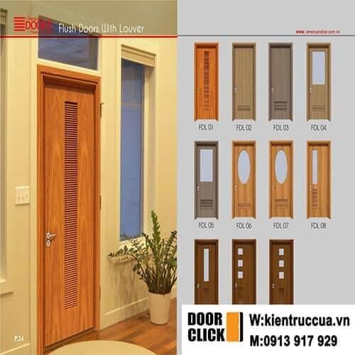 cửa gỗ trong nhà