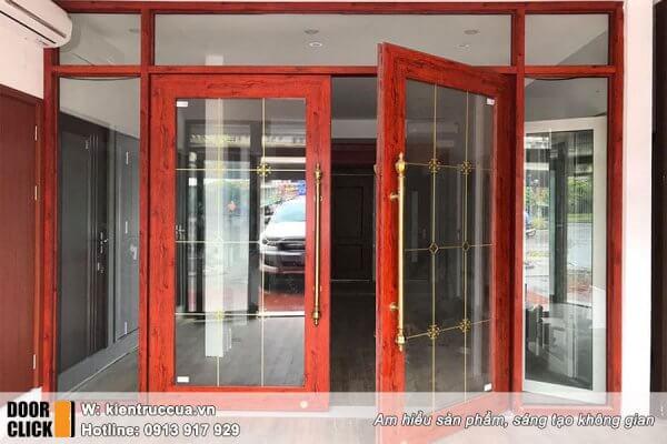 cửa kính thủy lực khung nhôm màu vân gỗ